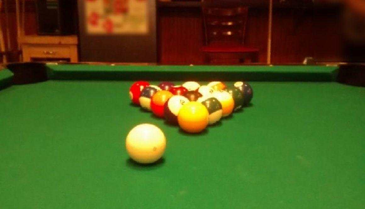 ball sports (pool table)